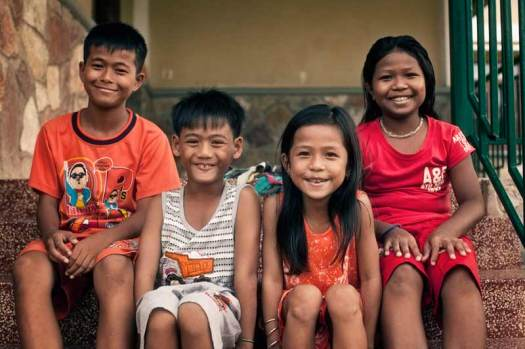4-children-battambang-cambodia-70747-800x533