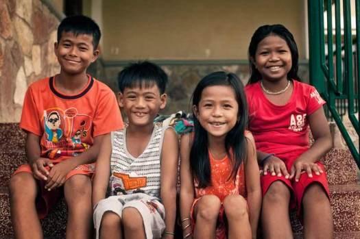 4-children-battambang-cambodia-70747-800x533